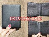 dompet tempat kartu